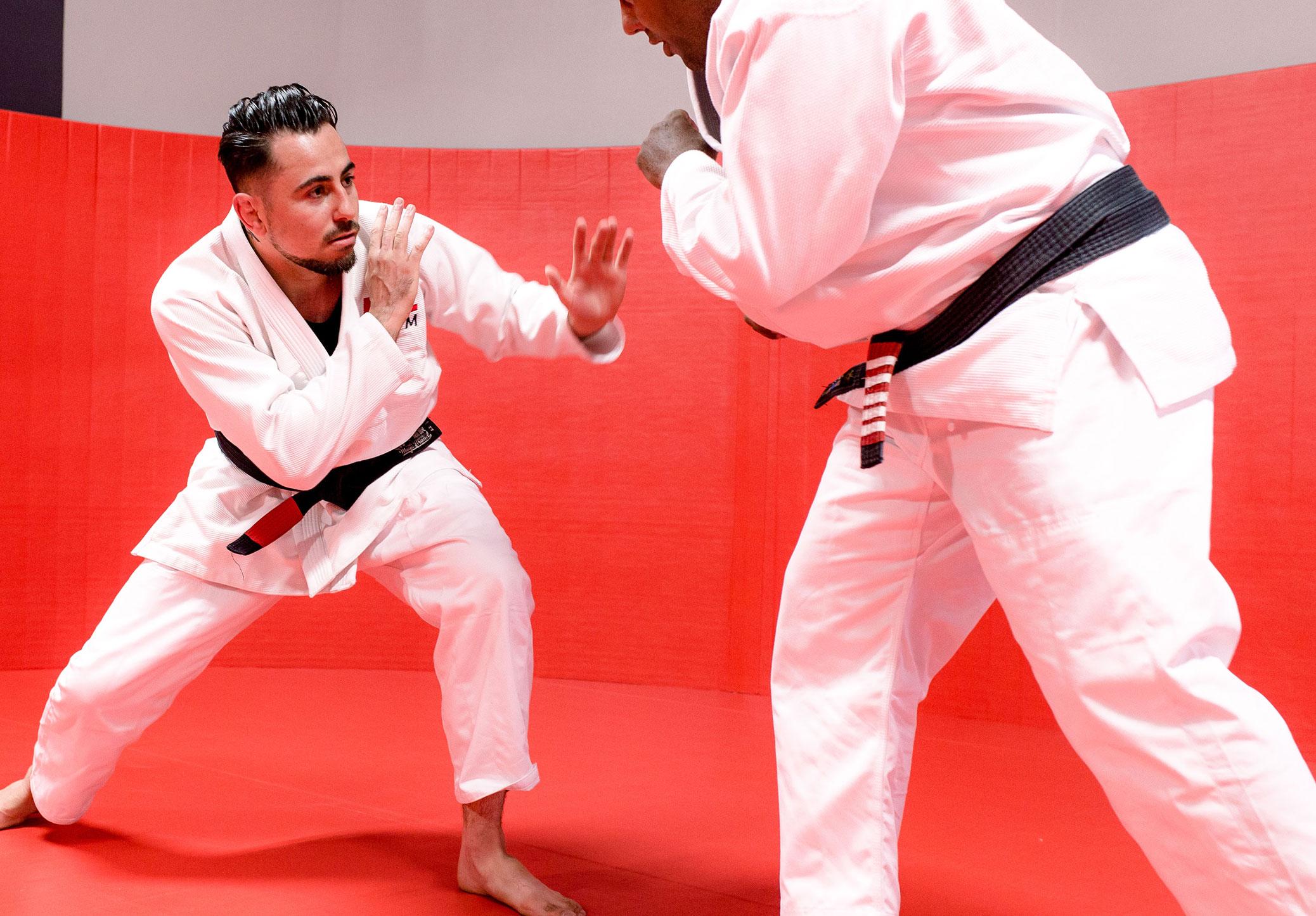 Members in a brazilian jiu-jitsu match